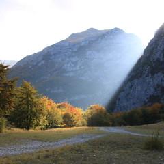 IMG_0860 (fabiolattanzi) Tags: trekking natura montagna luce marche montemonaco