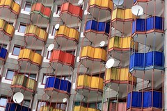 Kln, Riphahnstrae 9, #1 (Nitekite) Tags: canon buildings flickr balkon cologne kln fassade chorweiler gottfriedbhm colorphotoaward vogonpoetry urbandetailspool nitekite seebergnord riphanstrase