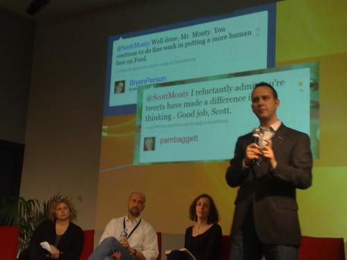 Scott Monty talking at #marketing2paris