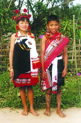 Traditional Dresses Of Nagaland Jeme naga child - a photo on ...