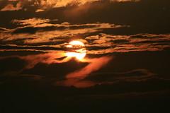 Sunset, Whitby, Ontario (Tony Lea) Tags: b 2 6 3 k canon t rebel 1 j y o d 5 g c w 4 n 7 8 9 s x m h v f r e u l p z q thisimagemaynotbeusedinanywaywithoutpriorpermission©allrightsreserved2009