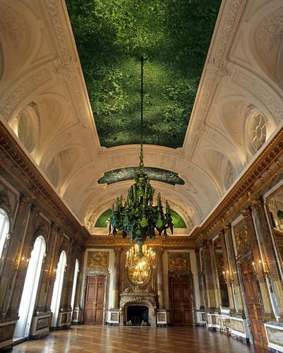 真的猛天花板,是用甲蟲殼修的