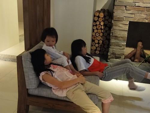 你拍攝的 1姊妹在緩慢民宿。