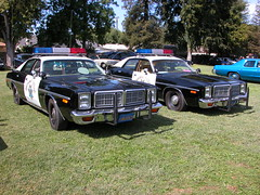 CHP TWIN 1977 Dodge Monaco's 440's (lapd5150policemotor*) Tags: california county france cars ford truck fire la coach chopper highway state bart tahoe victoria cadillac ambulance american engines policecar chp dodge crown motor dare sheriff mustang hummer plain patrol charger ssp sherriff pumper policemotorcycle bartpolice policesmartcar slicktop vintagepolicecar citypolice countysheriff unmarkedpolicecar militarypolicejeep pattywagon policeunits plymouthpolicecar riponcapolicecarpolicemotorcycleshowoctober4th2009 squadunitradiocarradiounitunitchpchips fordchevydodgemopar wrappewr undercoveruinit sspsmartcar shorepatroljeep chaqrger copcopscopperpolicemanpolicemandepuity crownpumperfireapperatuswillyjeepfordjeep policedodgeram policecamaro chevypolicecamaro chevypolicetruck unmarkedpoliceunit