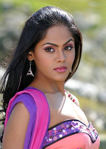 Karthika Cute Stills   moviegalleri in