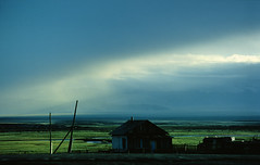 Lost in Space (schickhofer-photography) Tags: houses sky mountains green nikon russia villages picturesque steppes sibiria settlements altay scencic otherrussia schickhofer