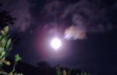 Série Luas - Moons (jemaambiental) Tags: night corte crop lua noite moom inthemountain tagssérieluasmoons namontanha