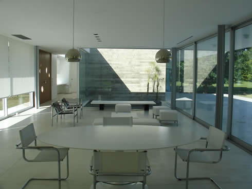 Meneghetti Architect's Modern Open House Design
