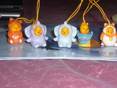 Pooh Family (CupcakeCandy) Tags: wood family costume pooh 100 winnie acre gachapon