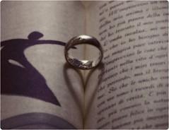 Happy Valentine's day (Freddy Adams) Tags: ring celebration poesia dedica amore valentinesday sanvalentino anello ricorrenza theunforgettablepictures manfrediadamo