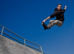 Grab (Nicolas Giraud) Tags: sky canon photo air bordeaux vert skatepark roller inline grab lightroom cestas rampe eos450d