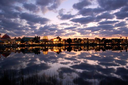 Espejo al atardecer - Mirror at sunset