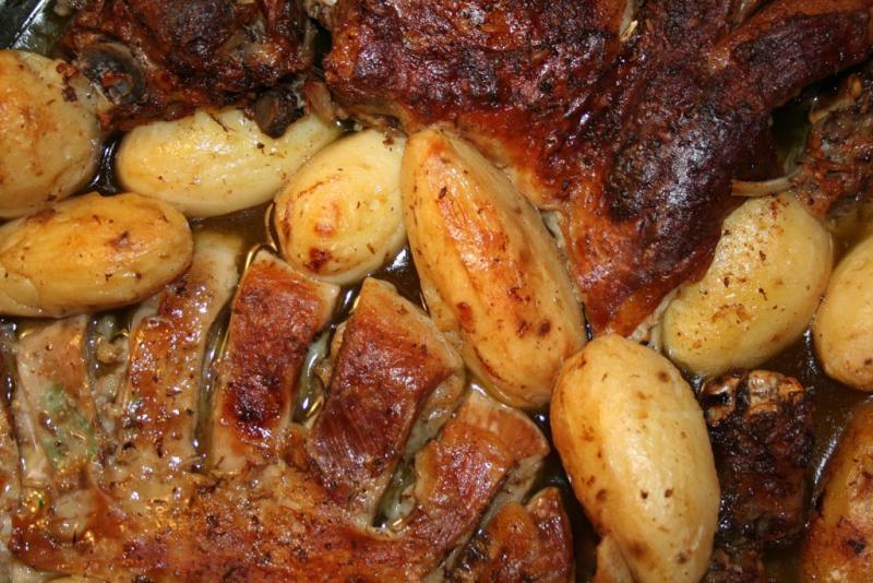 Lamm im Ofen geschmort