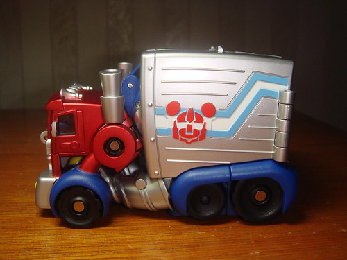 Transformers Mickey Mouse optimus