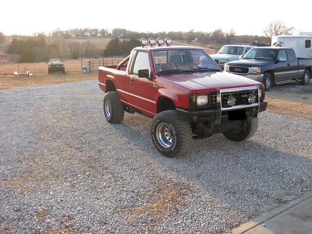 max d50 offroad dodge 1992 50 ram mighty mitsubishi lifted mudder