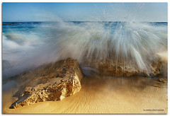 Under the wave (alonsodr) Tags: seascape landscape andaluca bravo sony filter portfolio alpha cdiz alonso tarifa carlzeiss cokin puntapaloma a900 alonsodr gnd8 abigfave platinumphoto colorphotoaward superaplus aplusphoto theunforgettablepictures overtheexcellence platinumheartaward alonsodaz goldstaraward saariysqualitypictures x121s carlzeiss1635mm