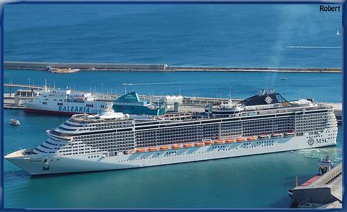 3372651624 b79618e555 El Puerto de Barcelona, primero en tráfico de cruceros por el Mediterráneo