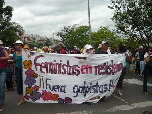 Feministas resistencia 3 by HablaHonduras.