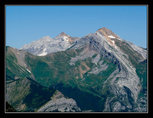 Ordesa - Tendeñera (2853 m.) y Otal (2709 m.) desde Mirador de Calcilarruego