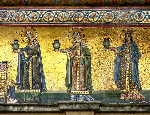 Mosaic on the façade of Santa Maria in Trastevere