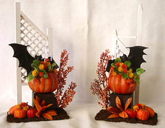Halloween Decor In Miniature (Golden Unicorn Miniatures) Tags: flowers autumn plants plant halloween floral garden miniatures miniature topiary pumpkins decoration florals props prop dollhouse dollshouse onetwelfthscale modelhorseprop goldenunicornminis goldenunicornminiatures oneninthscale