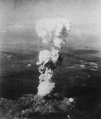 200px-Atomic_cloud_over_Hiroshima