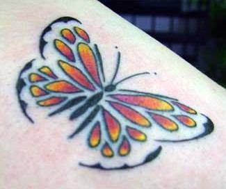 tatuagem borboleta para mulheres