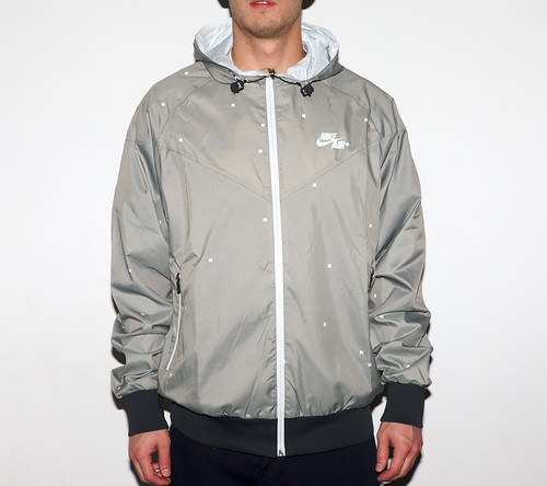 nike_windrunner_digireversible_02