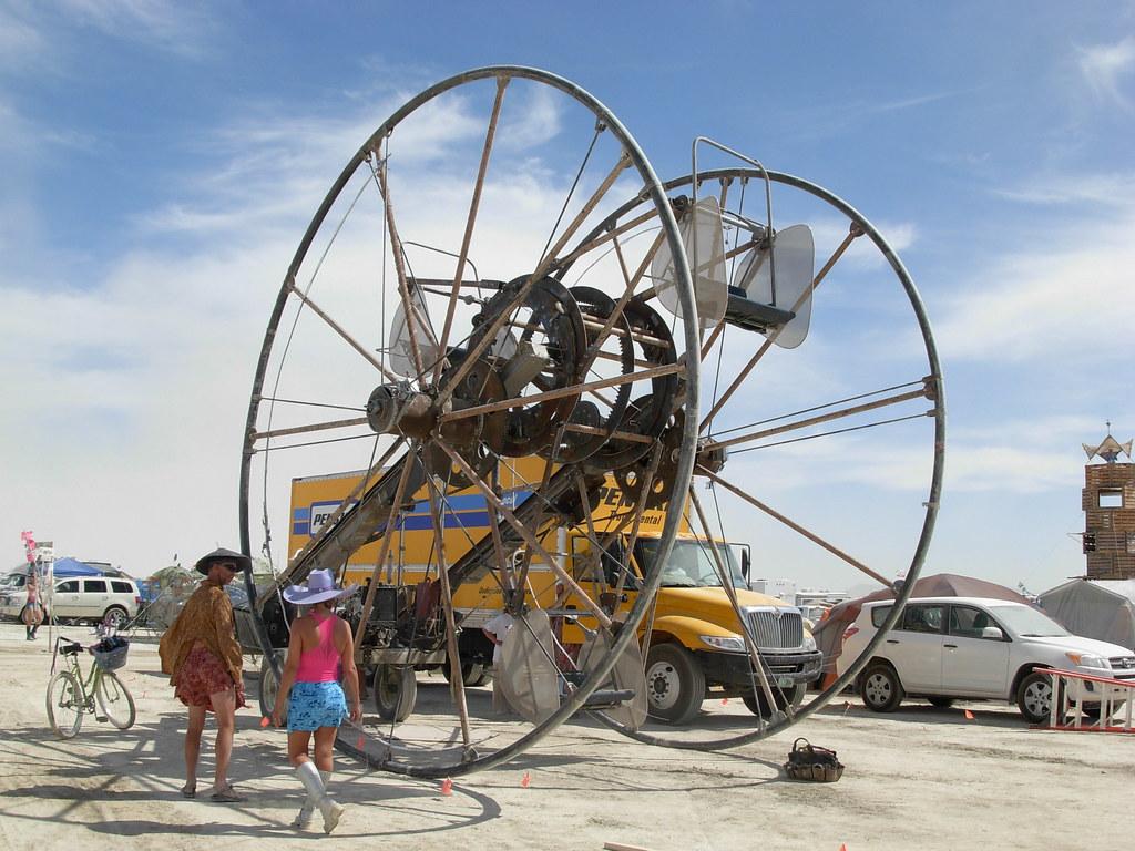 Burning Man 2009... Mutant mobile Ferris Wheel! ...Time Cycle