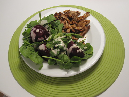 Pulled pork and spinach salad with beets