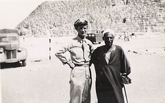 U.S. soldier in Egypt 1940s (912greens) Tags: men desert egypt 1940s ww2 soldiers pyramids tours guides mentogether folksidontknow