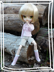 Clestine, son panda et ses bottes  pois. (.LanyLane.) Tags: bigeyes doll groove poupe plasticdoll junplanning dalfrara