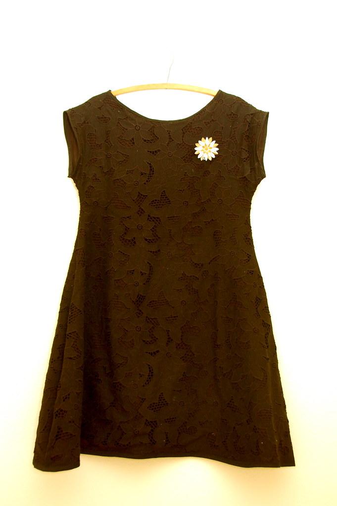my idea of a 60's pregnant dress