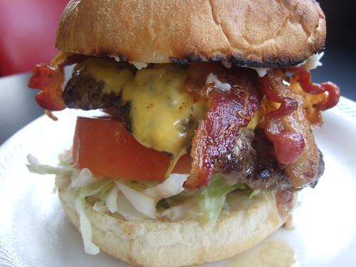 Hubcap Grill South - Bacon Cheeseburger