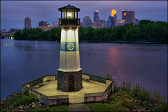 boom island minneapolis (Dan Anderson (dead camera, RIP)) Tags: park city lighthouse minnesota skyline river mississippi downtown cityscape minneapolis bluehour twincities riverbank beacon mn boomisland riverfrontregionalpark saintanthonywest