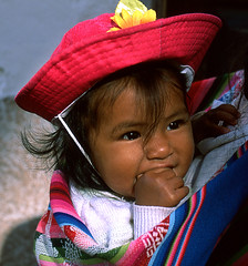 ninha peruana (gianluca_cozzolino) Tags: world portrait cuzco reflex nikon child emotion lima dia per littlegirl emotions nazca reportage twr analogic diapo childportrait ninha aplusphoto colourartaward nikonblack gianlucacozzolino ninhaperuana