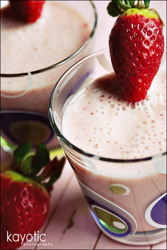 Strawberry Fizz « Kayotic Kitchen
