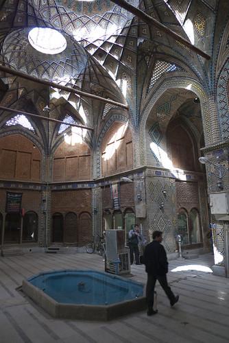 P1000835_esfahan_bazaar