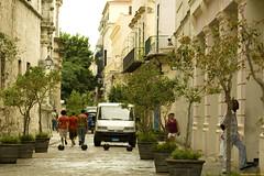caminando por la Habana, Cuba (renata-twist) Tags: calle cuba verano vacaciones calor lahabana
