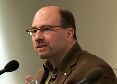 Craig Newmark speaking at Reboot Britain - picture by JD Lasica