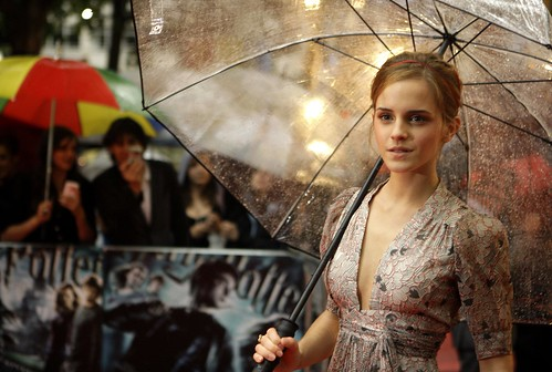 Emma Watson Arrives at Harry Potter Premiere (AP Photo/Joel Ryan)