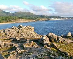 (terrible_images) Tags: vacation espaa naturaleza beach nature spain ancient ruins galicia galiza castro celtic ancientruins baroa preroman castrodebaroa galiciancoast