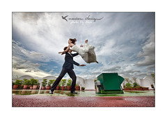 Jumping bride !!! (Nicophotography) Tags: wedding french photography bride jump photographer marriage company taipei mariage nico shimin 163528 nicophotography wwwwesterndesigncomtw wwwwestgownblogspotcom acrob
