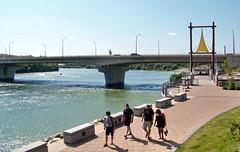 sktoon09h01 Saskatchewan River, Saskatoon 2009
