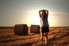 it's the end of the world (Laura.Elena) Tags: sunlight laura smile field 150 100 50 strawbale earlyevening