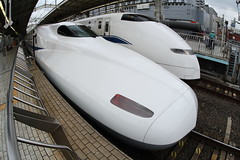 Shinkansen (Teruhide Tomori) Tags: travel station japan train railways  shinkansen superexpress