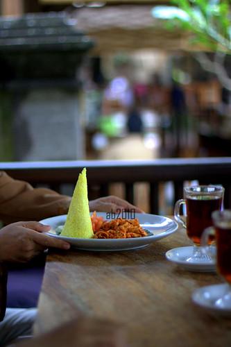 Ayam Suwir Bali at Bebek Bengil, Ubud, Bali