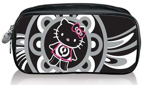 MAC Hello Kitty-MakeupBag-NT$1,400 by you.