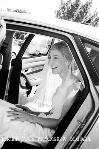arriving - geelong wedding photographer