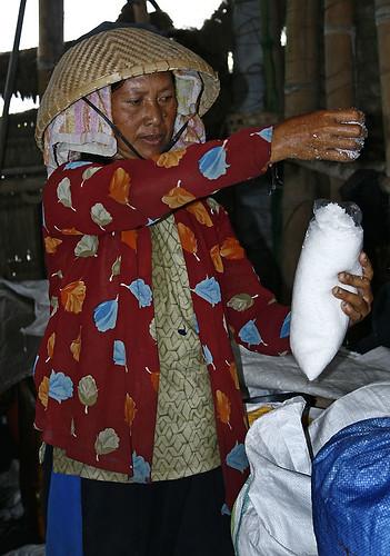 _MG_0818-w Packaging the sea salt